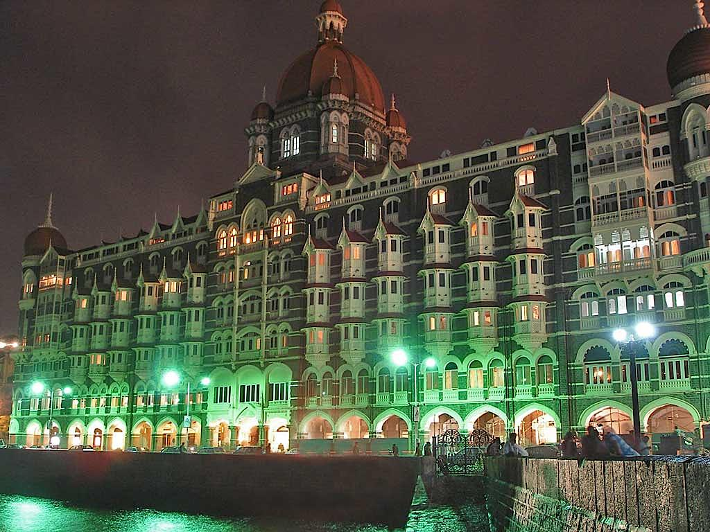 Best hotels in mumbai suitable for every pocket india for Top design hotels india